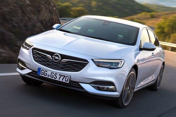 Opel Insignia importeren